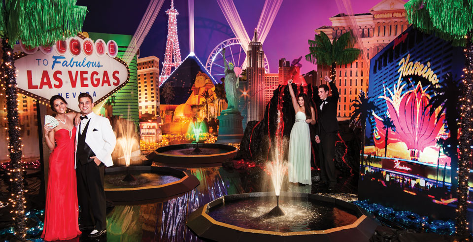 Las vegas themed party decorations las vegas theme party for When does las vegas decorate for christmas